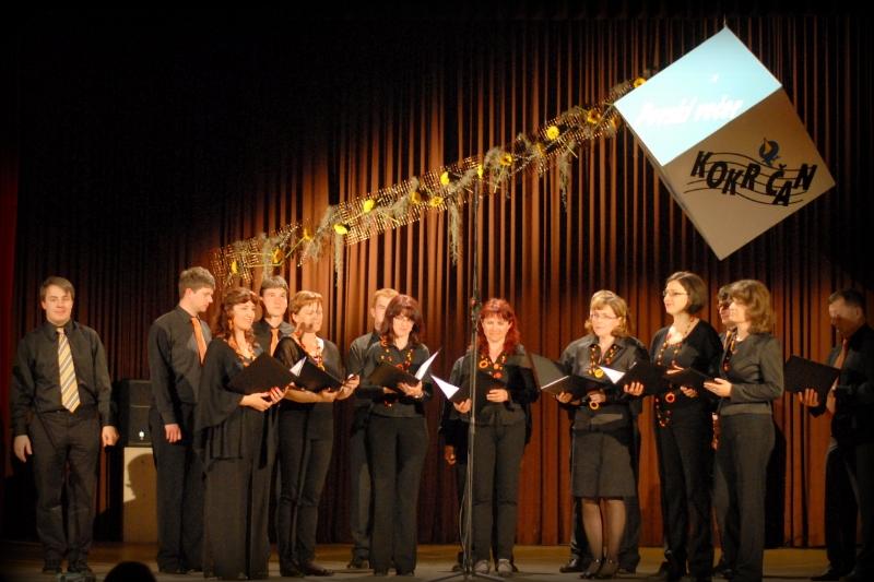 Komorni zbor Limbar, zborovodja Tomaž Pirnat